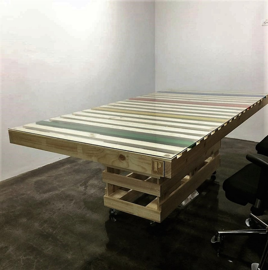 pallet-office-table