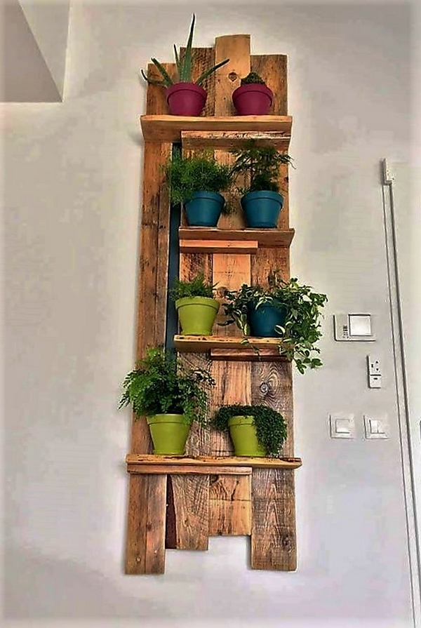 pallet-wood-decor-shelf