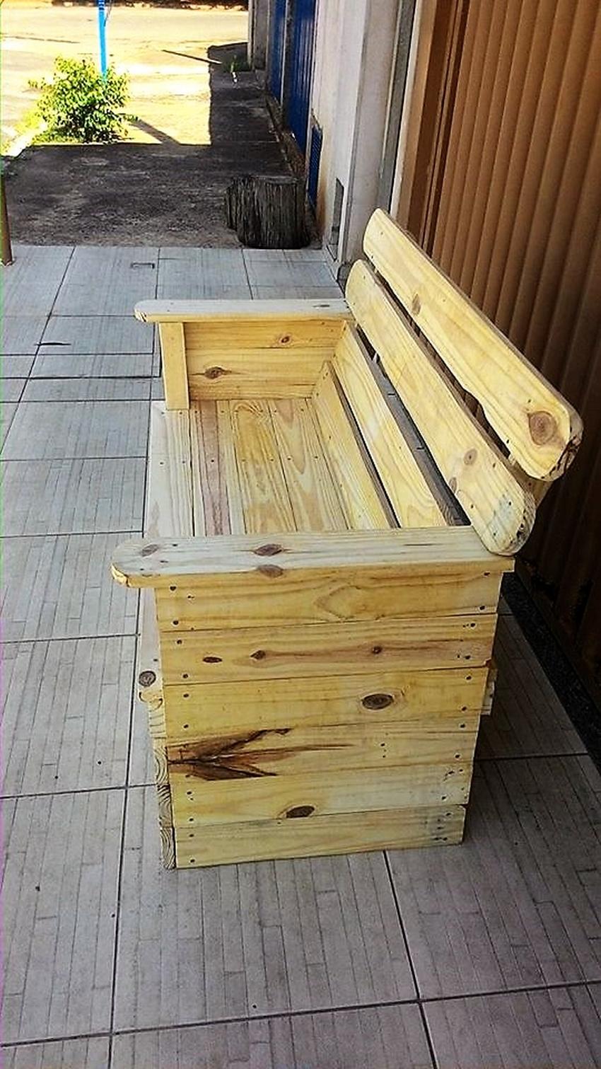 wood-pallet-bench