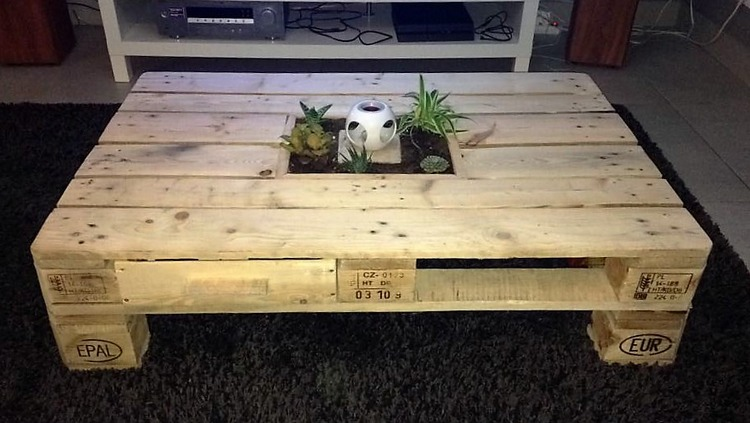 aurelie-dufour-pallet-made-table