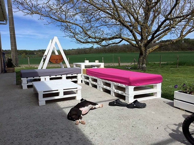 aurelie-dufour-pallet-patio-furniture