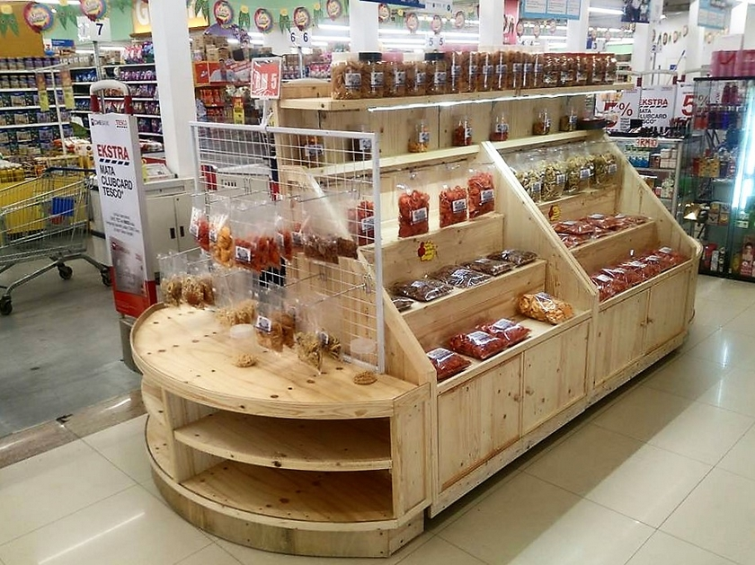 pallet-display-stall-2
