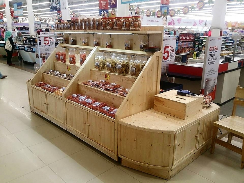pallet-display-stall