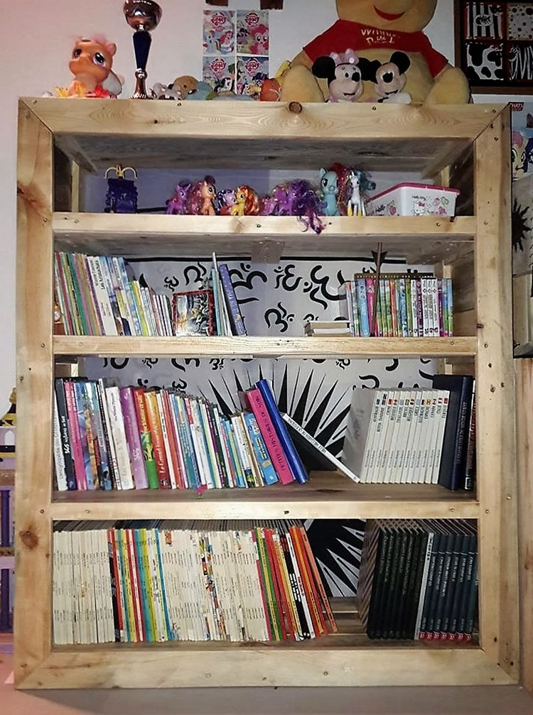 pallet-book-shelf