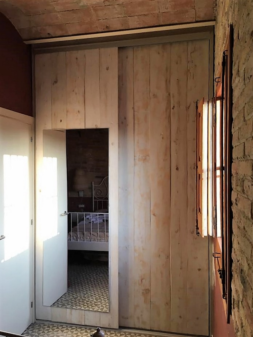 pallet-closet
