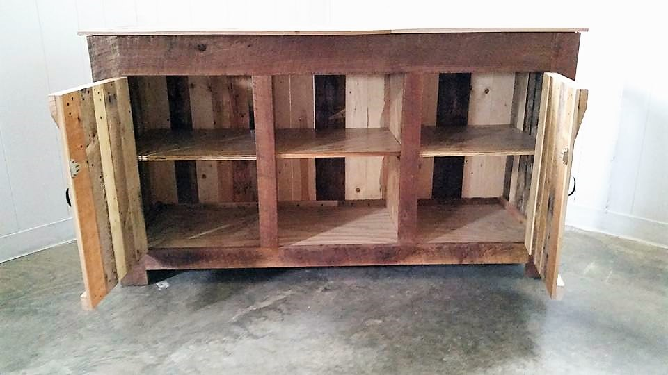 pallet-entertainment-center-with-drawers