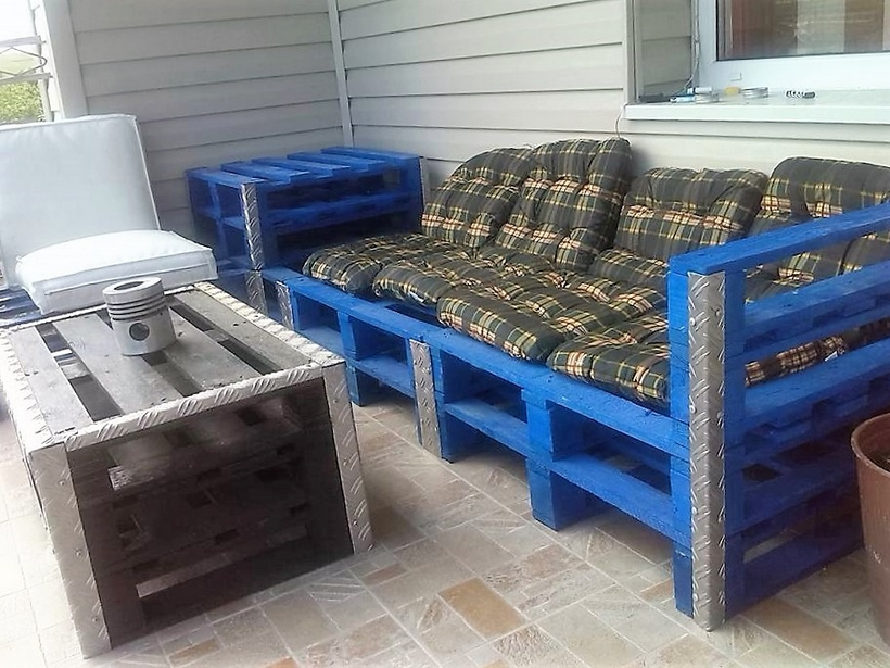 pallet-patio-couch