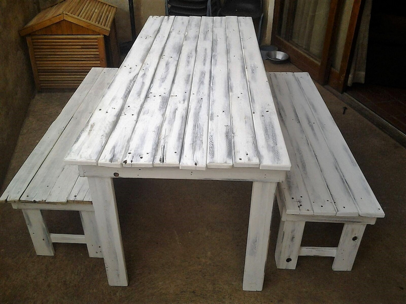 pallet-table-with-benches