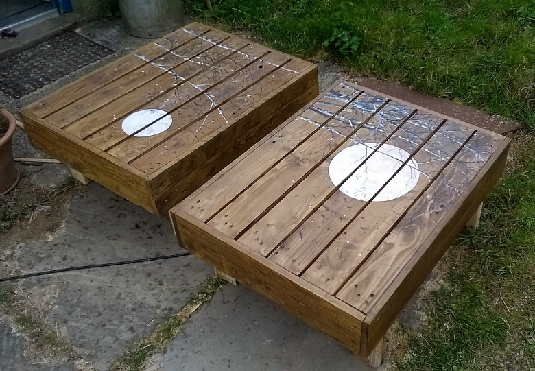 Recycled Pallet Artistic Tables