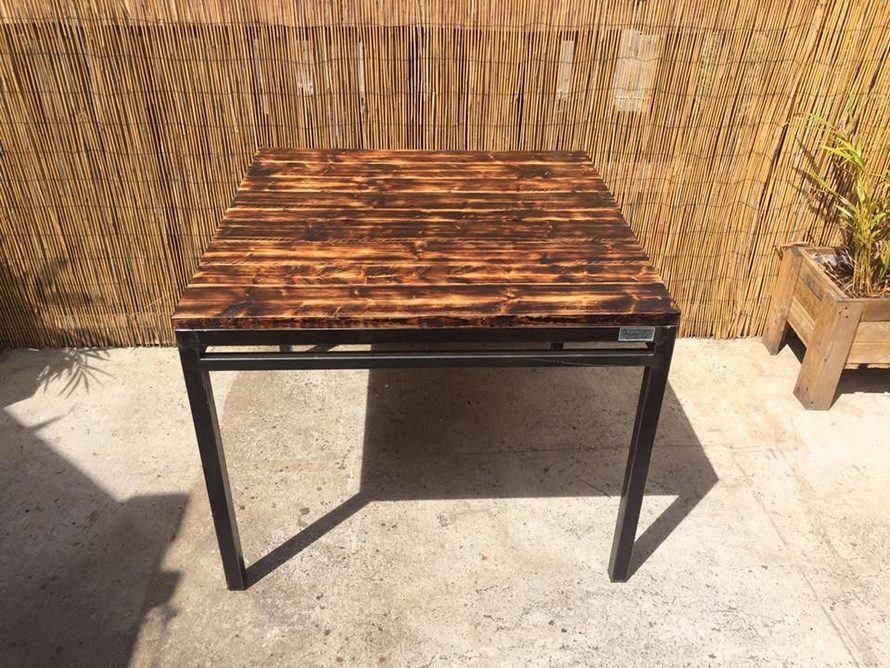 reclaimed-pallet-table-2