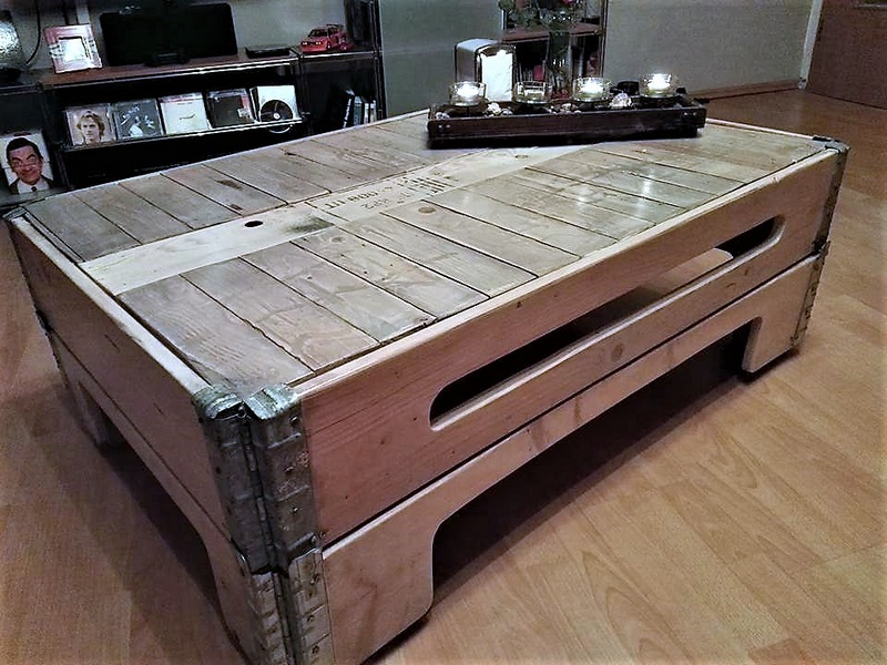 repurposed-pallet-table