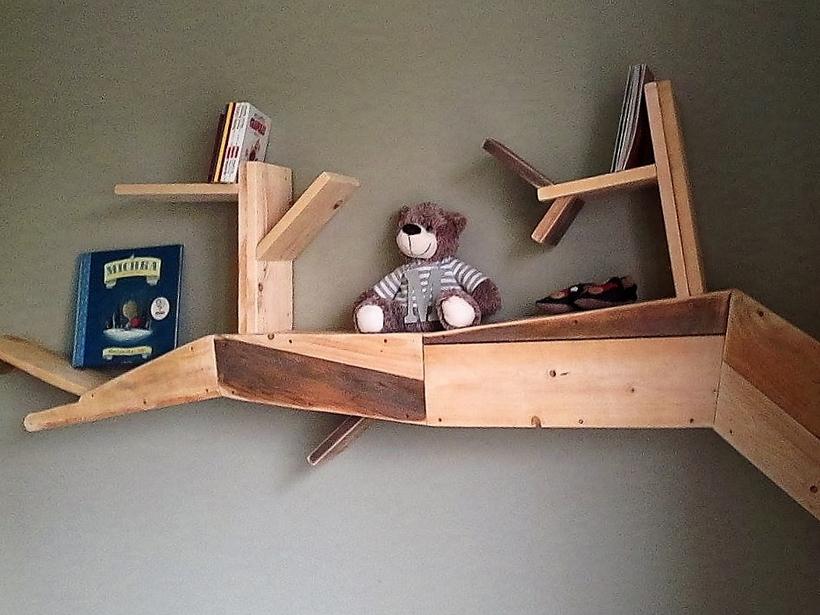 unique-pallet-shelf-2