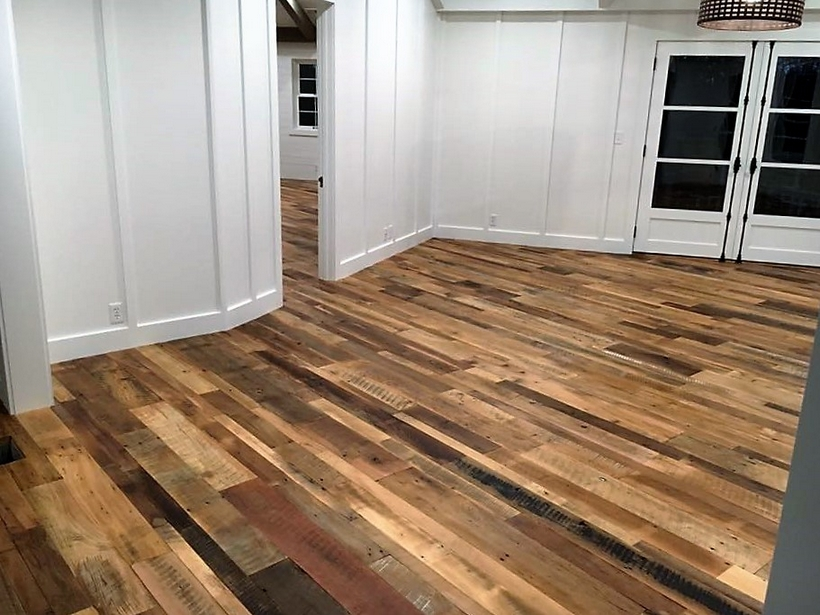 wood-pallet-floor