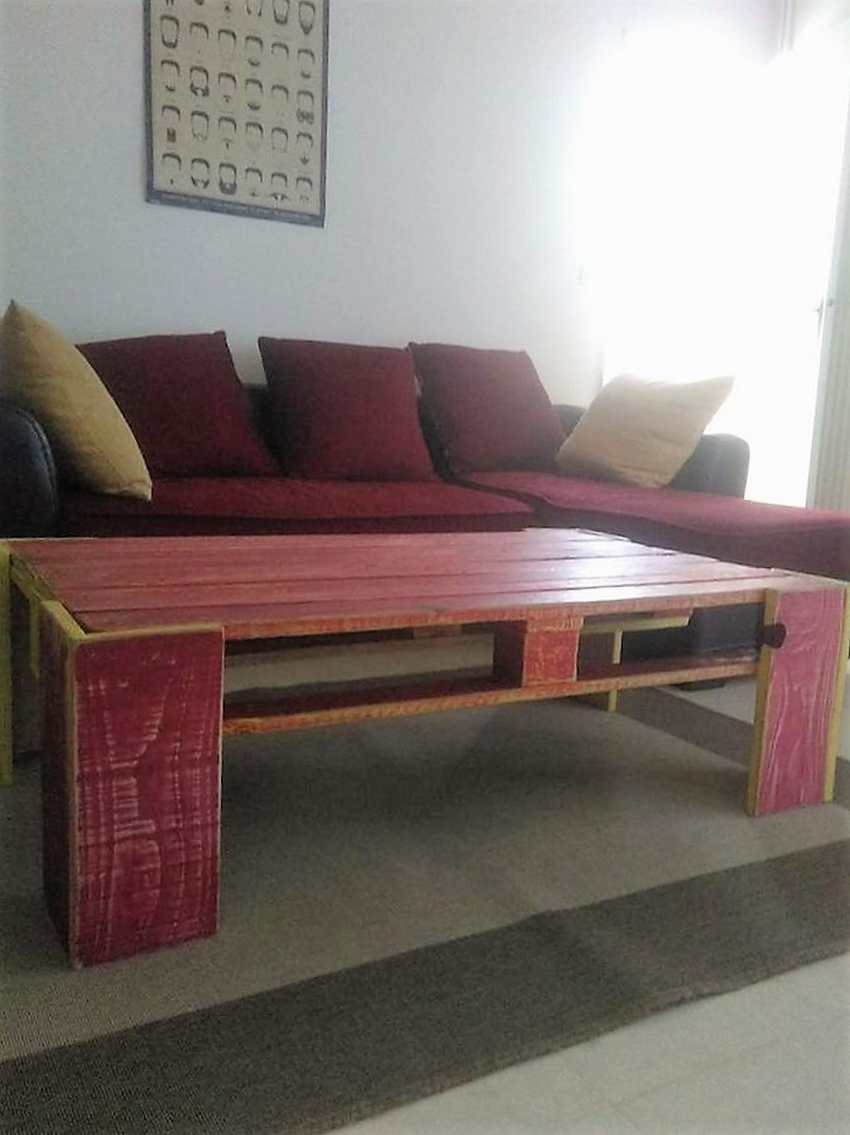 wood-pallet-retro-table