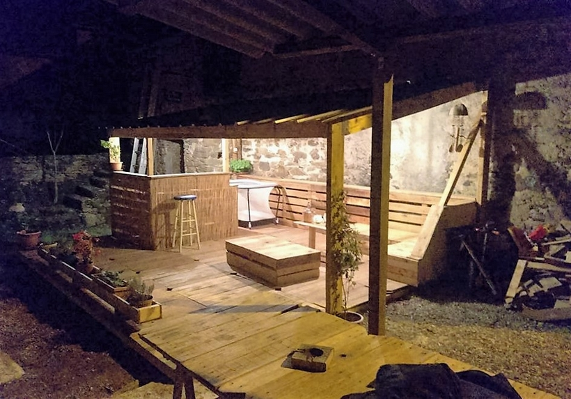 wood-pallet-terrace-lounge
