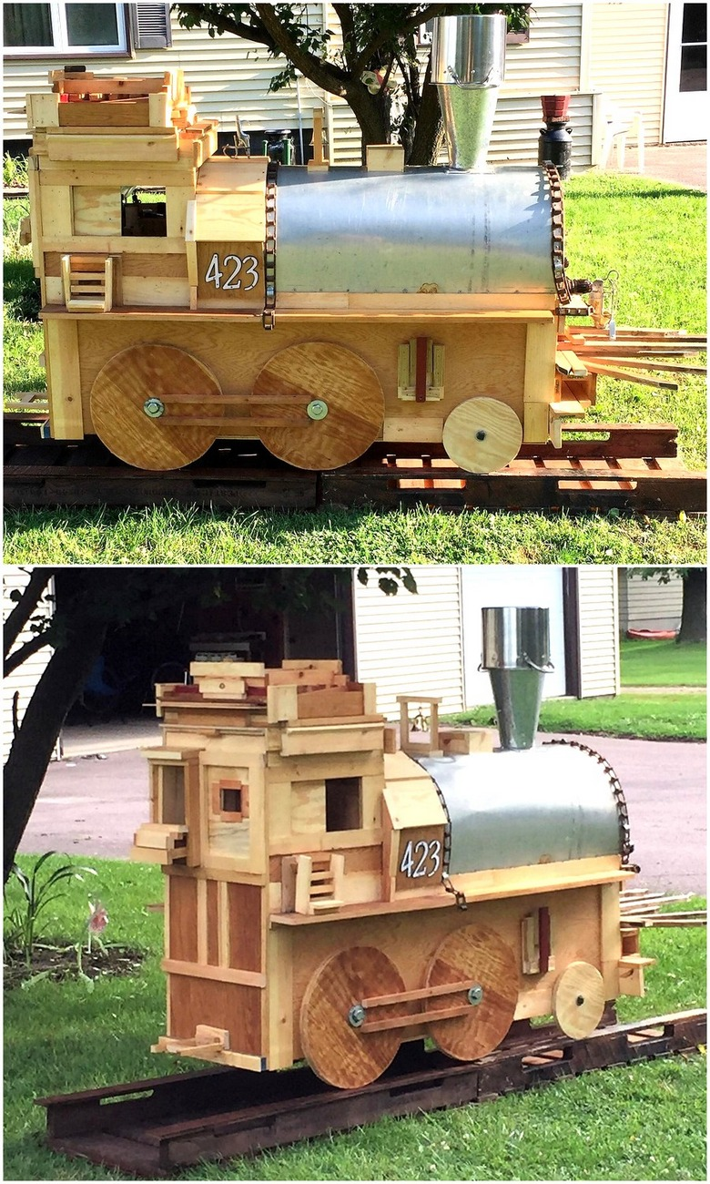 wood-pallet-train-engine
