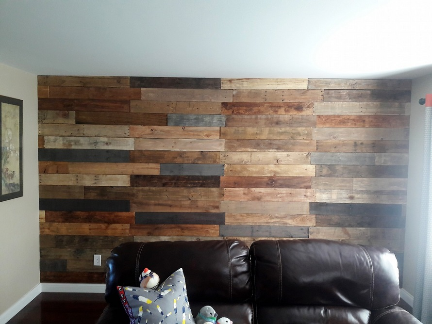wooden-pallet-wall