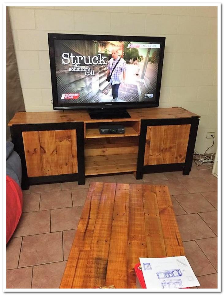 pallet-cabinet-for-tv