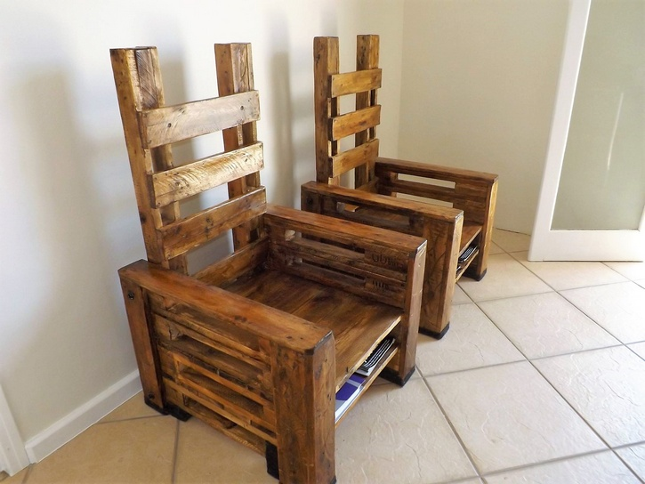 pallet-chair-with-storage