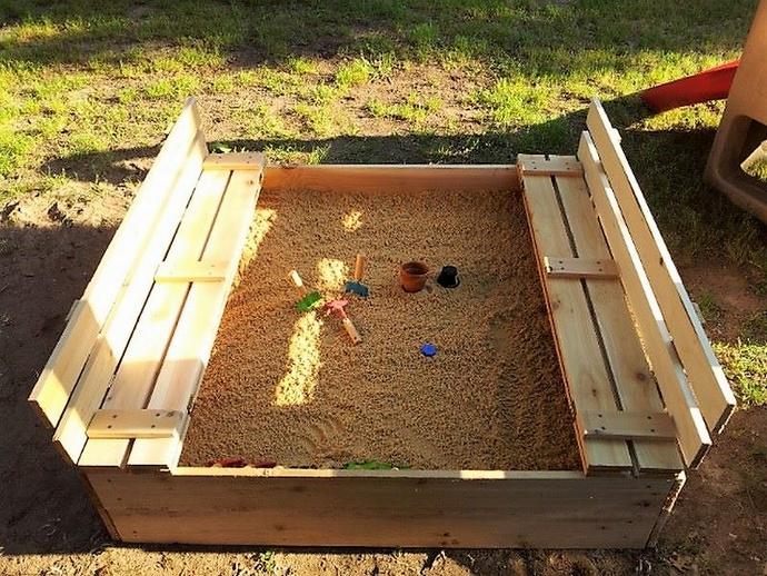 pallet-kids-sandbox