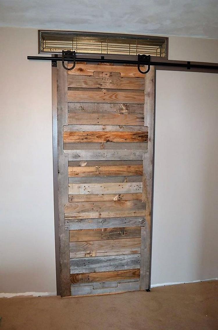 pallet-wood-sliding-door