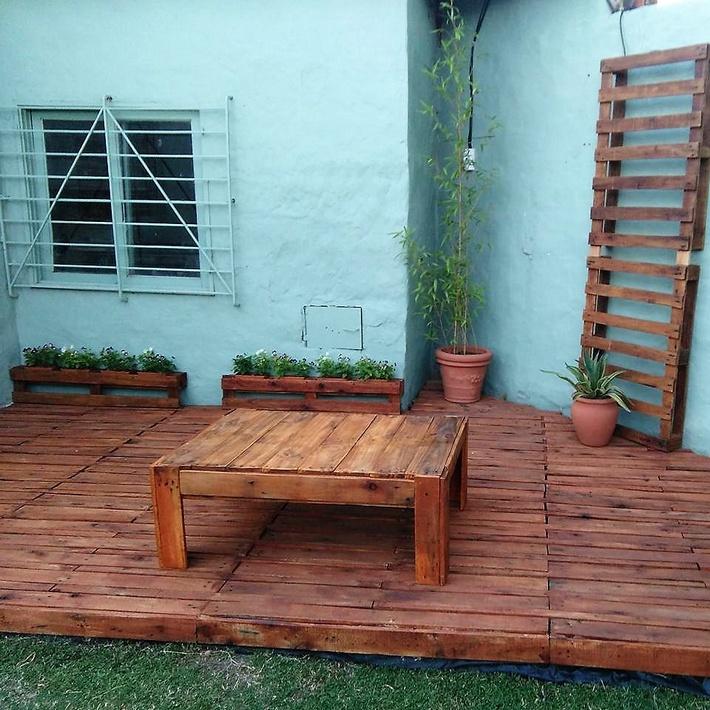 pallets-patio-deck
