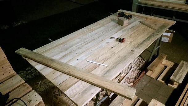 pallets-wooden-strandkorb-chair