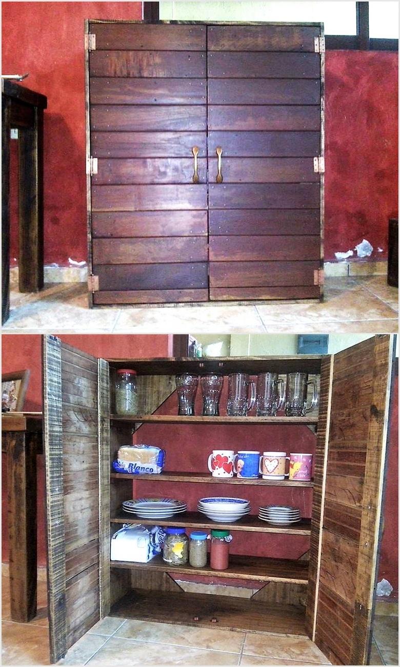 wooden-pallet-closet