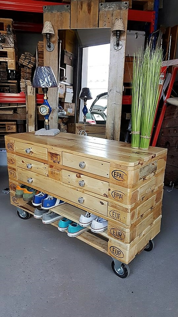 1 pallet side table cum shoe rack