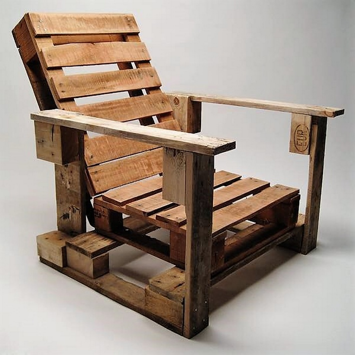 aziztukang - pallet wooden chair