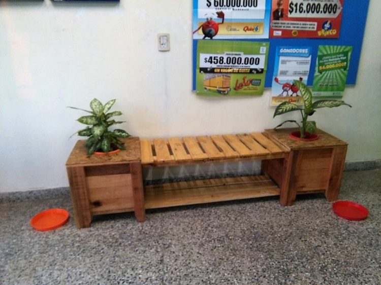 pallet-bench-cum-planter-2