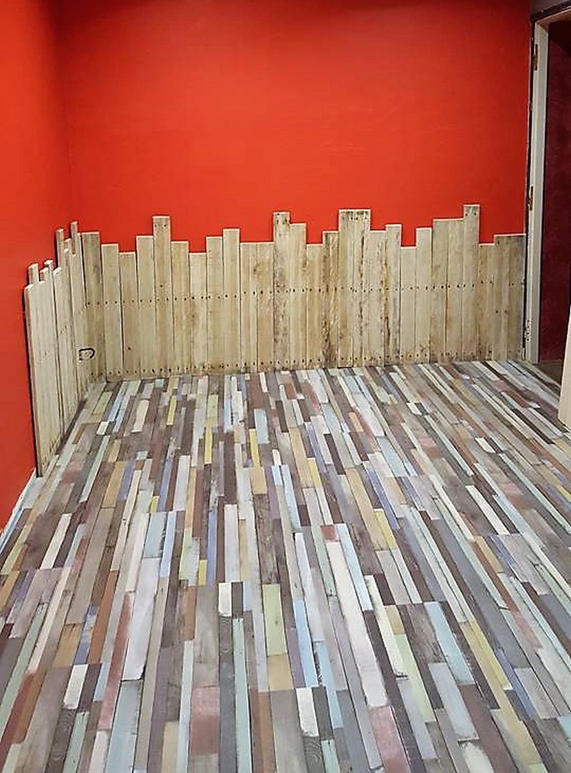pallet floor and wall cladding