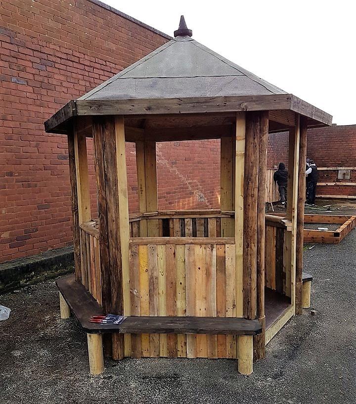 pallet gazebo playhouse