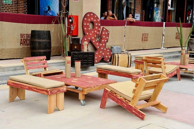 Brilliant Ideas of Pallet Wood Furniture