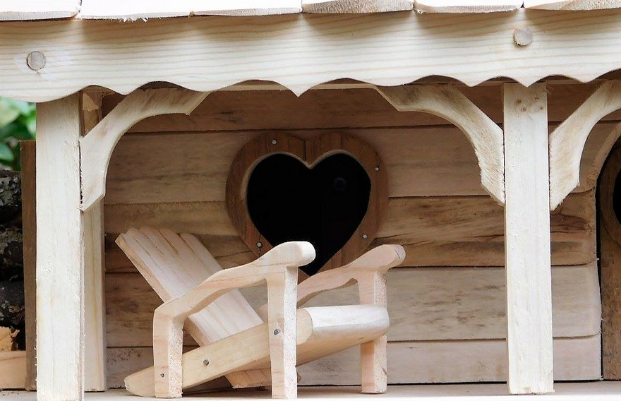 pallet wood bird house idea