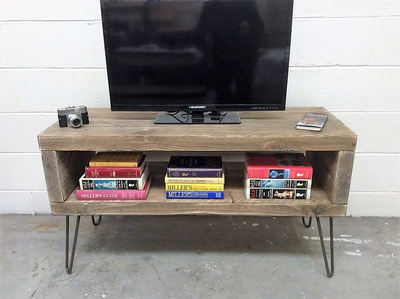 reclaimed pallet tv stand with bookshelf