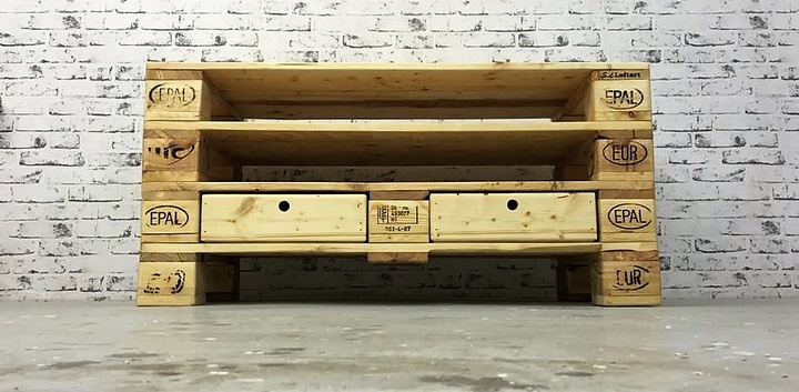 recycled wooden pallet tv stand