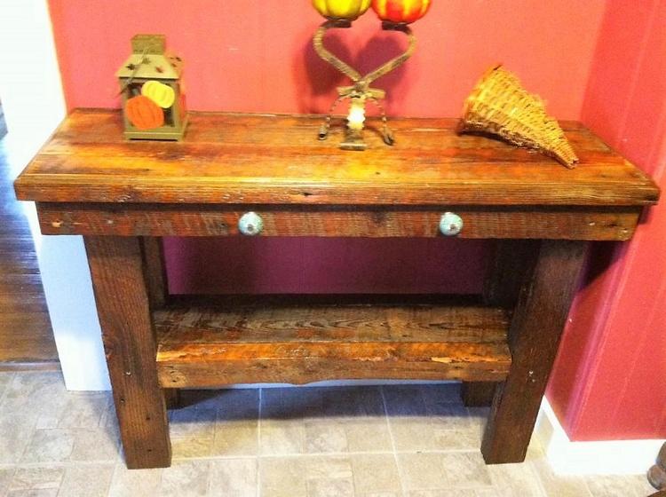 rustic look pallet side table