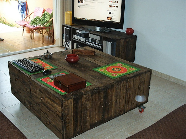 Pallet Wooden Creations by RECICLEA JOSUMADERAS
