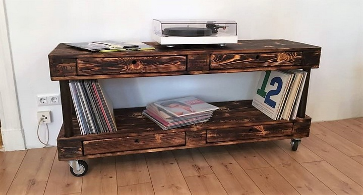 upcycled wood pallet tv stand
