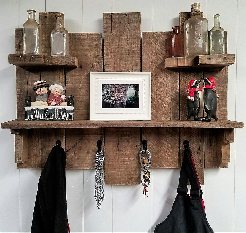 Pallets Rustic Coat / Key Rack Combo Piece With Shelves