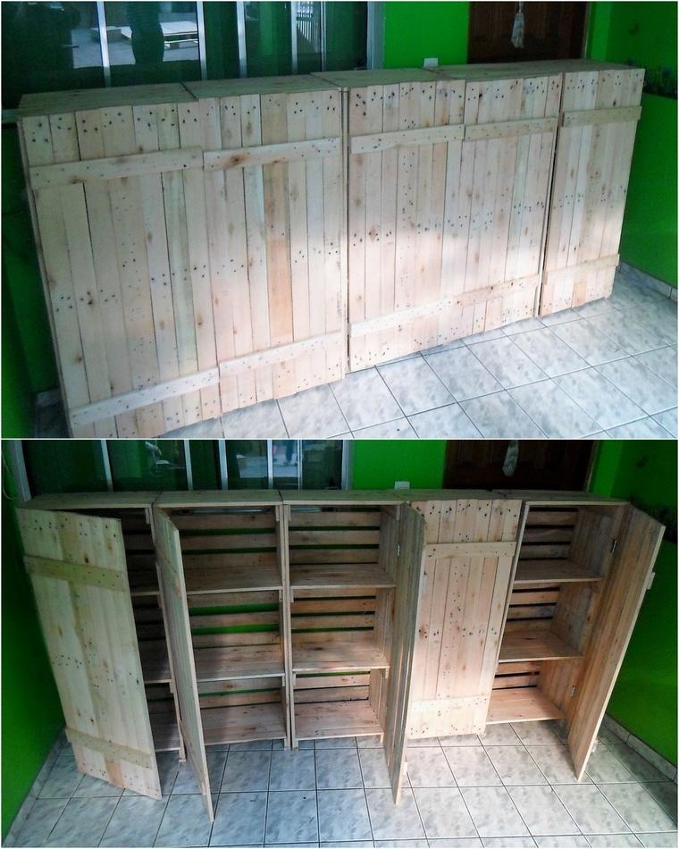 Closet of pallet boxes