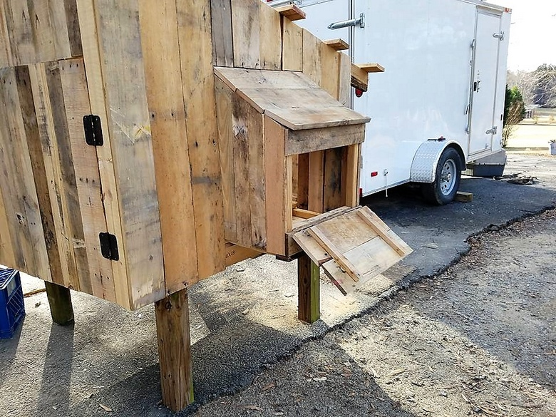 diy pallet chicken coop plan