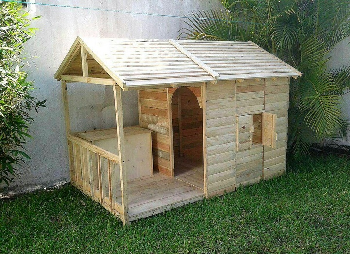 pallet patio playhouse cabin for kids