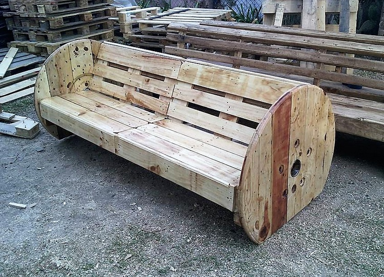 pallets cable reel bench