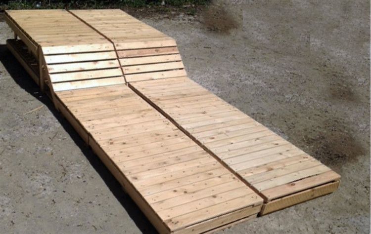 pallets sun lounger