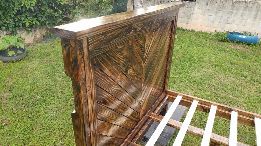 recycled pallet bed headboard