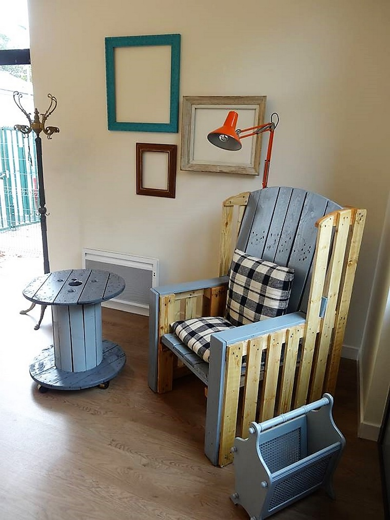 recycled pallet furniture idea 2