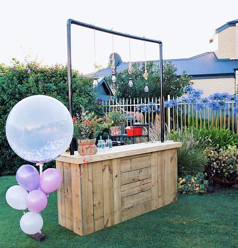 reused pallets patio bar