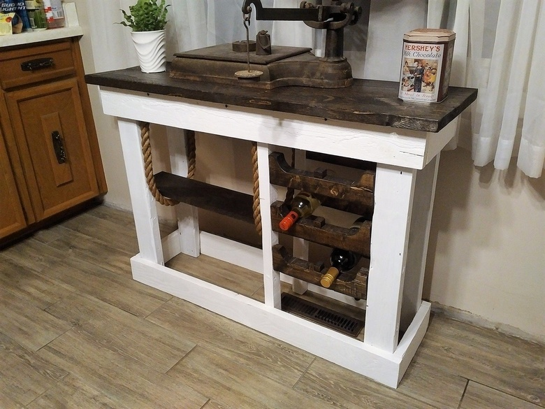 wood pallet entryway table 2